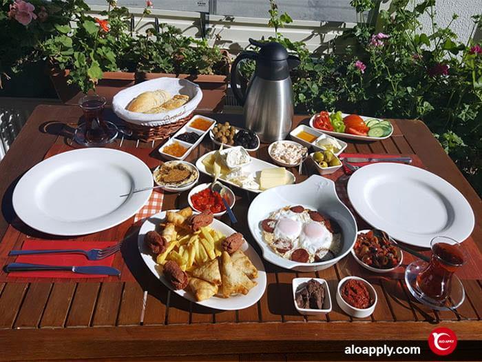 انواع صبحانه در ترکیه در تعطیلات و آخر هفته ها