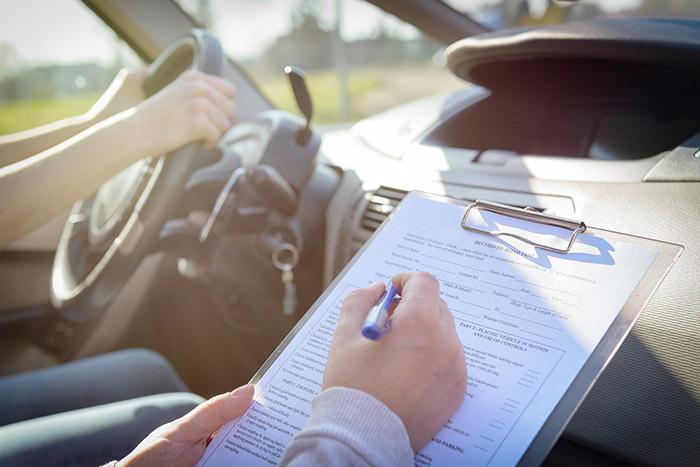 مدارک لازم برای تبدیل گواهینامه های خارجی