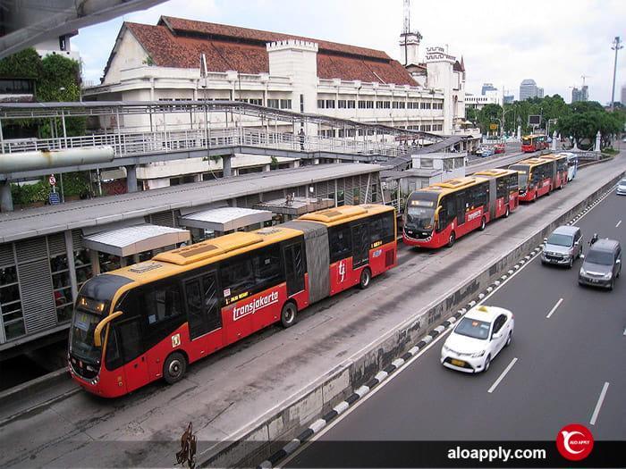 حمل و نقل با اتوبوس در شهر ازمیر