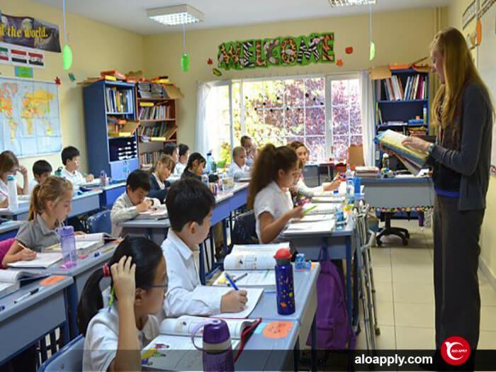مدرسه در استانبول