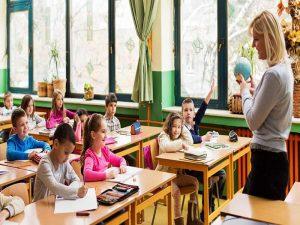 کاهش محدودیتها و بازگشایی تدریجی مدارس در ترکیه