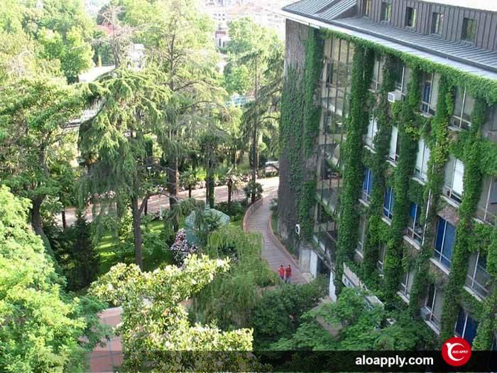 امکانات دانشگاه فنی ییلدیز استانبول