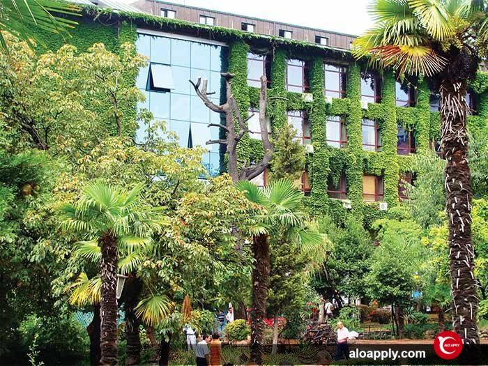 انستیتوهای دانشگاه فنی ییلدیز استانبول