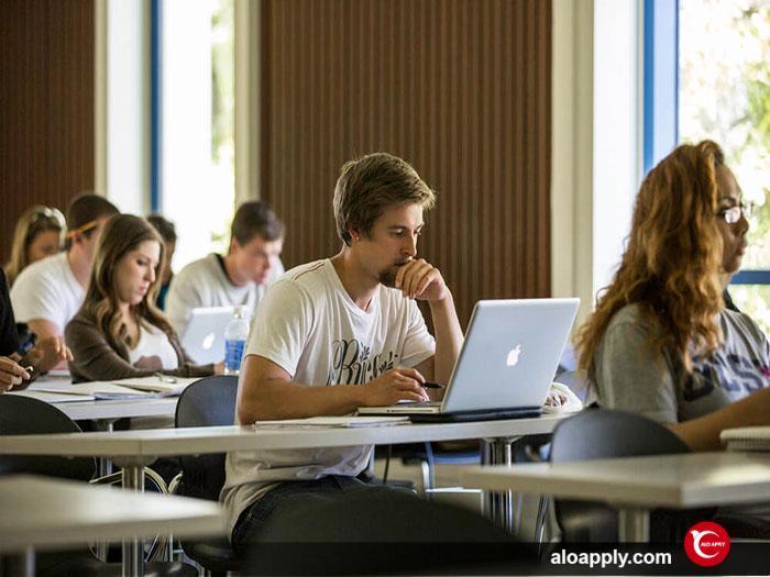 تحصیل در مقطع کارشناسی ارشد در کانادا