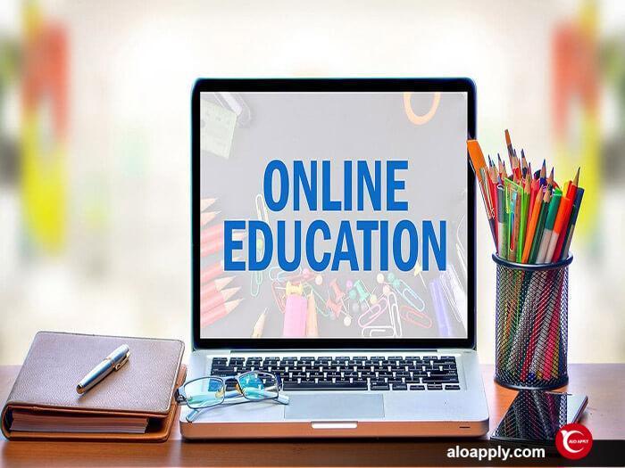 10 دانشگاه برتر برای آموزش آنلاین در کانادا