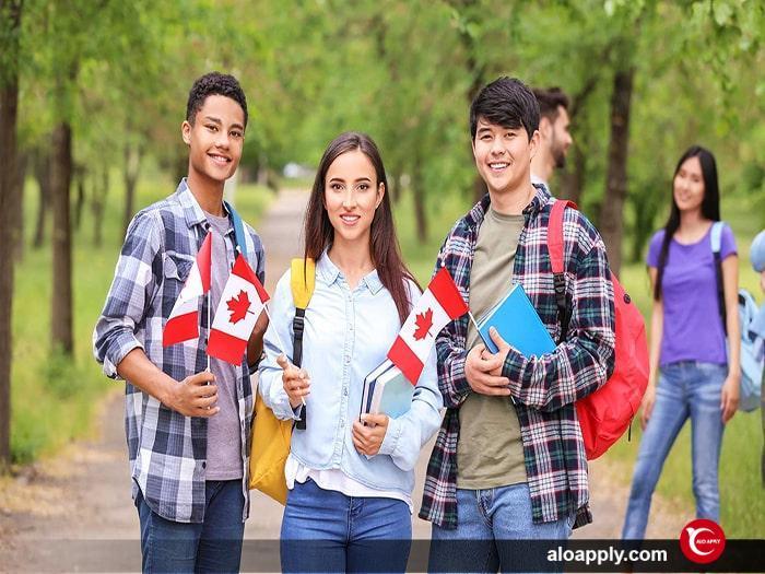 هزینه های تحصیل در کانادا برای دانشجویان مقطع کارشناسی