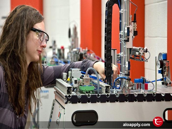تحصیل در رشته های مهندسی کانادا در مقطع کارشناسی