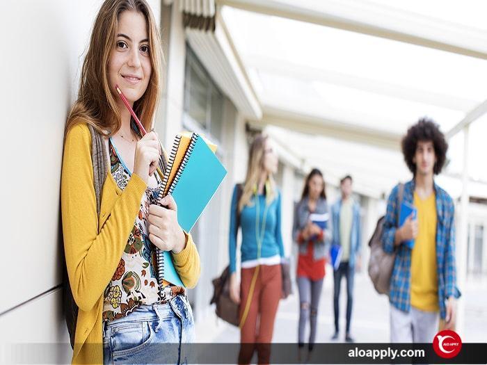 مدرک زبان مورد نیاز برای اخذ پذیرش تحصیلی در کانادا