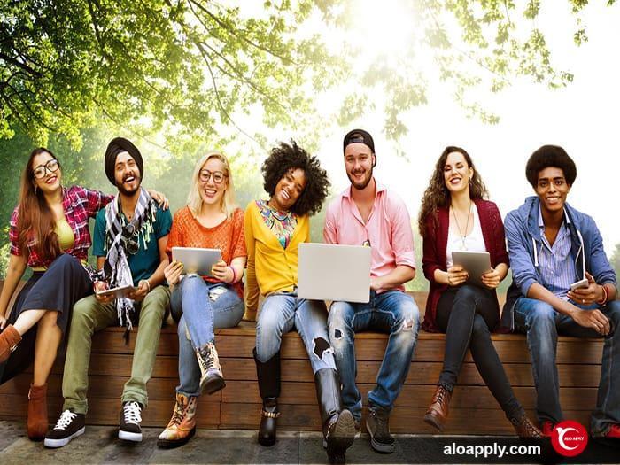 اخذ پذیرش تحصیلی کانادا در مقطع کارشناسی