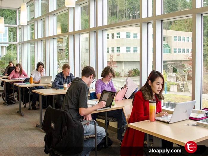 اخذ پذیرش تحصیلی در مدارس کانادا