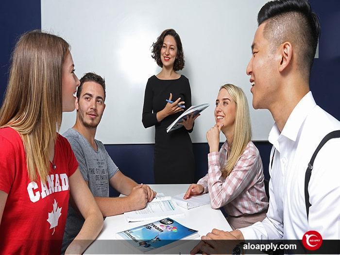 مدارک مورد نیاز برای تحصیل در مقطع کارشناسی ارشد در کانادا چیست؟