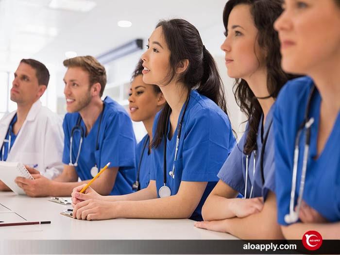 شرایط کار در حین تحصیل برای دانشجویان دکتری در کشور کانادا
